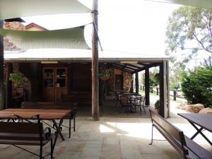 Rubyvale Pub 2