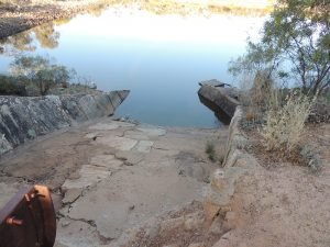 karalee-rocks-overflow